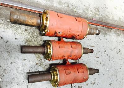 Slurry pump bearing assemblies